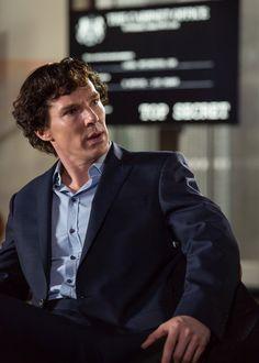 Sherlock - The Six Thatchers Season 4 Episode 1