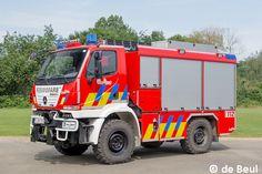 Unimog U 20 als Tanklöschfahrzeug   Feuerwehr-Magazin