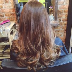 NEW BLOG POST! My first experience of bonded hair extensions! http://alicedbeauty.blogspot.co.uk/2015/09/my-first-experience-of-bonded-hair.html