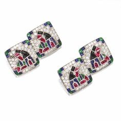 PAIR OF COLORED STONE AND DIAMOND CUFFLINKS, CIRCA 1920, FRENCH