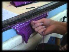 Вяжем варежки на вязальной машине.   Машинное вязание   Постила