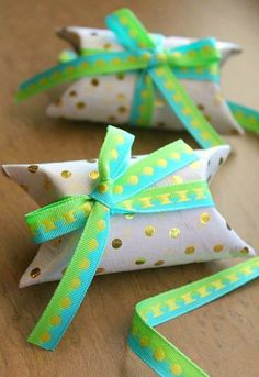 This is the ultimate upcycle! DIY mini gift boxes made from toilet paper rolls.