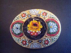 Etsy の Oval Micro Mosaic Brooch or pin by AuntieAnnesGems