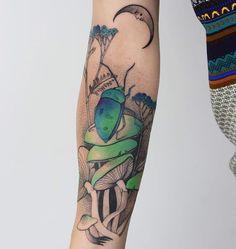Garden Tattoos, Knee Tattoo, Plant Tattoo, Tattoo Shop, Watercolor Tattoo, Tatting, Body Art, Piercings, Moon Tattoos
