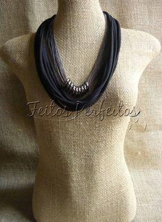 Handmade Necklace By Feitos Perfeitos