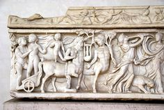 Rom, Museo Nazionale Romano delle Terme di Diocleziano, Kreuzgang, Sarkophag mit Bacchanalszene (cloister, sarcophagus with bacchanal scene)