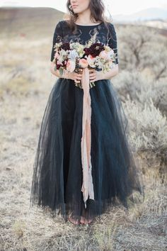Set in the Painted Hills, this Oregon wedding inspiration shoot is filled with drama and beauty. Photos and styling by Lahna Marie Photography. Mod Wedding, Dream Wedding, October Wedding, Flower Power, Bridal Dresses, Wedding Inspiration, Stylists, Photography, Clothes