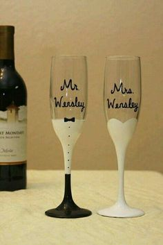 hand painted champagne glasses for the bride and groom