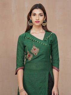 Silk Kurti Designs, Simple Kurta Designs, Salwar Neck Designs, Neck Designs For Suits, Kurta Neck Design, Neckline Designs, Sleeves Designs For Dresses, Kurta Designs Women, Stylish Dress Designs