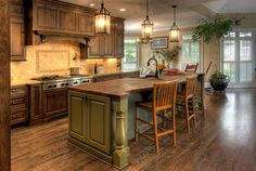 Magnificent Rustic Kitchen Island Design Ideas - Page 32 of 44 Country Kitchen Interiors, Country Kitchen Cabinets, Rustic Kitchen Island, Rustic Country Kitchens, Country Kitchen Designs, Rustic Kitchen Design, Rustic Farmhouse, Country Patio, Western Kitchen