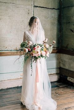 ROMANTIC BRIDAL EDITORIAL FEATURING MODERN MINIMALISM WITH VINTAGE ACCENTS AND FEMININE SHADES OF BLUE AND PINK