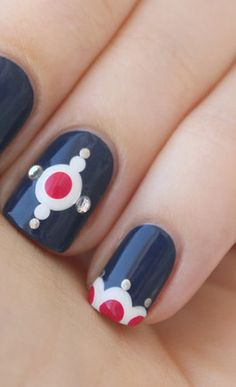 Navy blue, red n white Get Nails, Love Nails, How To Do Nails, Pretty Nails, Hair And Nails, Nail Polish Designs, Cool Nail Designs, Manicure And Pedicure, Mani Pedi
