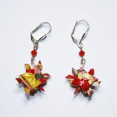Boucles d'oreilles en origami en forme de tortue rouge papier Washi : Boucles d'oreille par mellerouge Washi, Origami, Etsy, Earrings, Jewelry, Handmade Gifts, Ears, Unique Jewelry, Shape