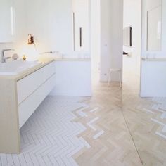 Omg some of the best bathroom porn I have seen. What an amazing tile/floor collaboration. I would love to have something like this in my place but my OCD would probably kick in and I'd try moving tiles  #bathrooms #bathroomideas #bathroompic #homeinterior #inspo by stephhyyc Bathroom designs.