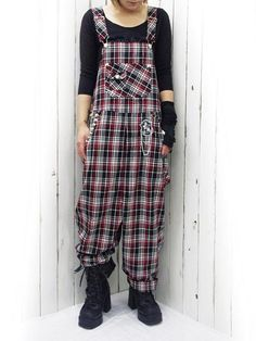 STAR Overall Black x Red. #punkfashion #Gothic #Deorart See more at: http://www.cdjapan.co.jp/apparel/deorart.html