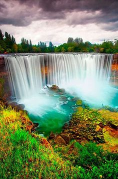 Salto del Laja Falls, Chile. I'd love to see this!