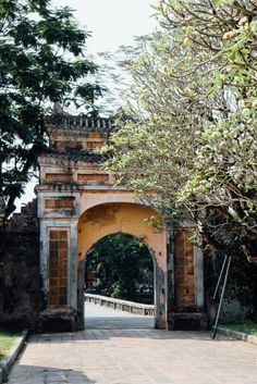 The imperial city and the citadel in Hue, Vietnam - how to get there and what to see! The most important facts on The Happy Jetlagger!