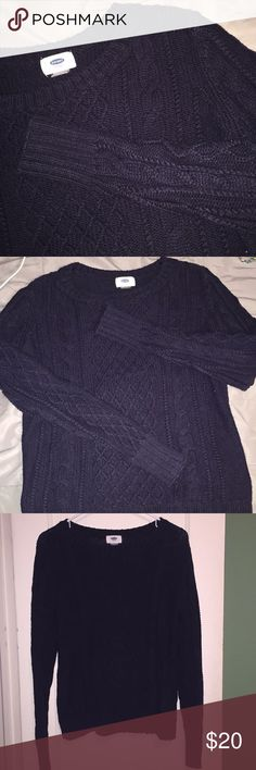 Old Navy CableKnit Sweater soft and cozy warm navy blue sweater  has a knitted design (pictured) thick and warm perfect for cold days and layering up looks great with jeans or leggings never been worn in great condition!! offers welcomed 💓💓 Old Navy Sweaters