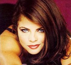 Free photographs of famous women with medium hairstyles. Celebrity Medium Haircuts, Celebrity Hairstyles, Famous Geminis, Yasmine Bleeth, Gemini People, Star Actress, Soap Stars, Baywatch, Got The Look