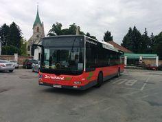 MAN-Bus Nr. R 8814 als Dr. Richard-Linie 71 A am Zentralfriedhof 3.Tor am 27.05.2015.