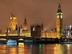 World Cities By Night - Palace of Westminster, London. Try our Romantic Thames Dinner Cruise for two and take in the fantastic views of London without the traffic, noise and crowd congestion. Oh The Places You'll Go, Places Around The World, Great Places, Places To Travel, Beautiful Places, Places To Visit, Around The Worlds, Amazing Places, Lago Retba