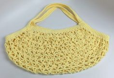 Introducing a crochet large market bag that has an interesting shape and lots of great advantages. The tutorial will help you with this crochet stitch. Crochet Baby Jacket, Bag Crochet, Crochet Crowd, Crochet Market Bag, Crochet Purses, Crochet Yarn, Crochet Pillow Patterns Free, Crochet Cowl Free Pattern, Crochet Diagram
