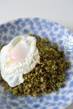 Discover recipes, home ideas, style inspiration and other ideas to try. What Is Quinoa, How To Cook Quinoa, Dairy Free Recipes, Real Food Recipes, Yummy Food, Vegetarian Cooking, Vegetarian Recipes, Healthy Recipes, Quinoa Side Dish