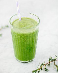 Uno dei miei succhi detox preferiti: Centrifugato / Estratto Zenzero Spinaci e Limone Tagga un amico per condividere la ricetta 2 Mazz1 di Spinaci 1/2 Limone con la buccia 1 Mela (facoltativo solo se vuoi addolcire il gusto) Un pezzetto di zenzero fresco I Green Juice! #succhivivi #lacentrifuga #centrifugato #juice #juicer #recipe #italy #ricette #frullato #recipeoftheday #eatwithjoy #healthychoices #mangiasano #veggie #vegano #vegetariano #centrifugati #succhi #succhivivi #enjoylife…