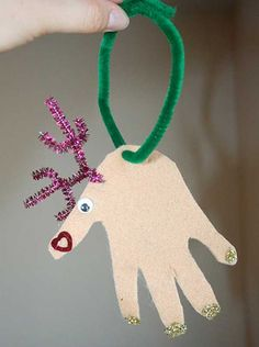 Handprint reindeer ornament. | Christmas ideas | Pinterest