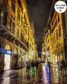 Foto di: @mario58balsano Via de Calzaiuoli Tag: #perlestradedifirenze Founder/Admin: @valentina.santi  #firenze #florence #tuscany #toscana #italy #italia #photooftheday #fotografia #igers #igersoftheday #florencia #tourism #tourist #travel  #art #arte #view #vista #architecture #architettura #street #streetview #hdr #night #bynight #city #citylife #cityscape by perlestradedifirenze