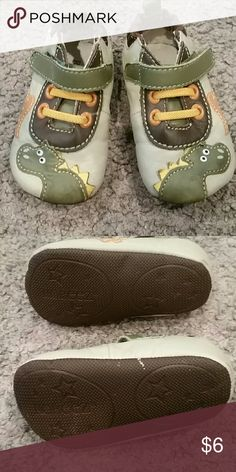 Shoes Boys size 2 Robeez Robeez Shoes Baby & Walker