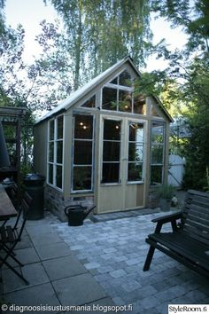 vanhat ikkunat,kasvihuone,piha,pariovet,Tee itse - DIY
