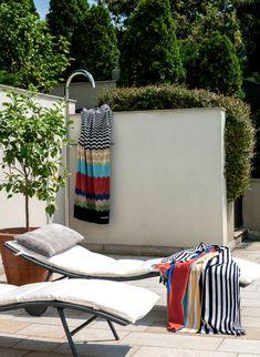 Missoni Home полотенце Boho Beach Style, Coastal Style, Coastal Living, Versace Home, Zara Home, Beach Pool, Palm Beach, Giorgio Armani, Fendi