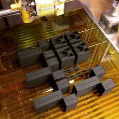3D-hahmoja tulostettu ABS:lla.
