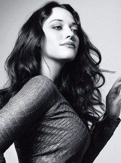 Kat Dennings- God she is so freaking sexy. My brain hurts from how beautiful… Beautiful Celebrities, Beautiful Actresses, Gorgeous Women, Kat Dennings Pics, Kat Dennigs, Pretty People, Beautiful People, Two Broke Girl, Woman Crush