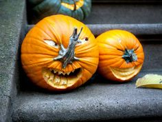 Snappy Pixels DIY Funny Carved Pumpkins and Jack-o-lanterns - Snappy Pixels