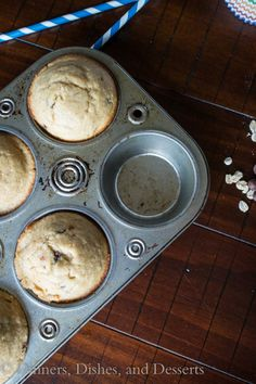 gluten-Free Banana Oatmeal Chocolate Chip Muffins (the batter is made in the blender!) | Dinners, Dishes, and Desserts