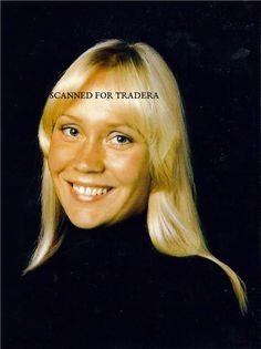 Annons på Tradera: ABBA Photos Agnetha Frida Finland Australia Mamma Mia!