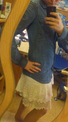 Lace Skirt and Jeans Blouse  http://lucciola-test.blogspot.de/2014/01/outfit-spitze-und-jeans.html