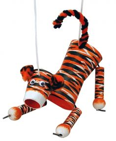marrionettes you can paint? Tiger Puppet Craft Kit by Crafty Kids, letting your child bring out their creative side Recycled Crafts Kids, Craft Projects For Kids, Craft Ideas, Tiger Crafts, Animal Crafts, School Spirit Crafts, Boy Scout Crafts, Types Of Puppets, Puppet Crafts