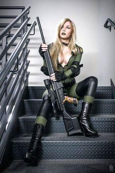 Леди оружие воин секси