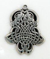 Odin's ravens Huginn & Muninn (thought & memory)
