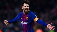 COPE: Messi will win the 2019 Golden Ball Award .Barcelona Forward Lionel Messi will become the owner of the Golden Ball according to COPE. Lionel Messi, Messi 10, Bra Video, Floyd Mayweather, Aaron Rodgers, Running Quotes, Sport Body, Career Goals, Ballon D'or