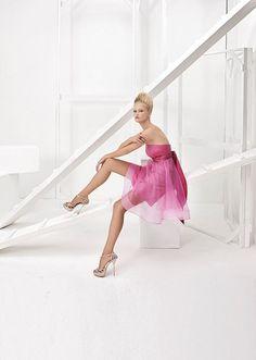 Collezione Vision 2014 - Elisabetta Polignano: abito da sposa corto con diverse tonalità del rosa #wedding #weddingdress #weddinggown #abitodasposa #minidress