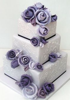 I wouldn't have purple but I really like this square cake