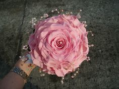 "charme-bridal-bouquet-wedding-roses <a href=""//www.etsy.com/shop/WeddingMarriagebouqu?ref=offsite_badges&utm_source=sellers&utm_medium=badges&utm_campaign=it_isell_1""><img width=""200"" height=""200"" src=""//img0.etsystatic.com/site-assets/badges/it/it_isell_1.png""></a>"