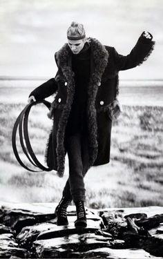 Vogue Japan January 2015 Model: Aymeline Valade Photographer: Boo George Fashion Editor: Havana L. New Foto, Rodney Smith, Gothic, Punk, Vogue Japan, Monochrom, Yohji Yamamoto, White Fashion, Ladies Day