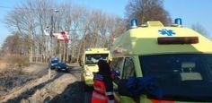 Těžká nehoda v Dobřanech, senior srazil na přechodu dvě malé děti
