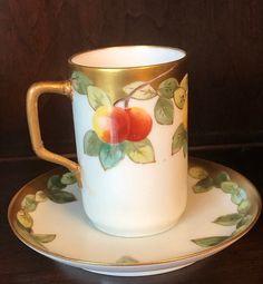 Chocolate Cups, Chocolate Coffee, Tea Puns, Ice Cream Deserts, Silver Tea Set, Cuppa Tea, Limoges, Glass Christmas Tree Ornaments, Fantasy