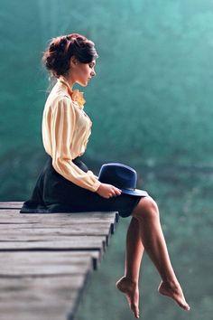 60 trendy ideas for fashion photography poses portraits photographers Fotografia Pb, Girl Photography, Fashion Photography, Photography Ideas, Lifestyle Photography, Digital Photography, Romantic Photography, People Photography, Artistic Photography